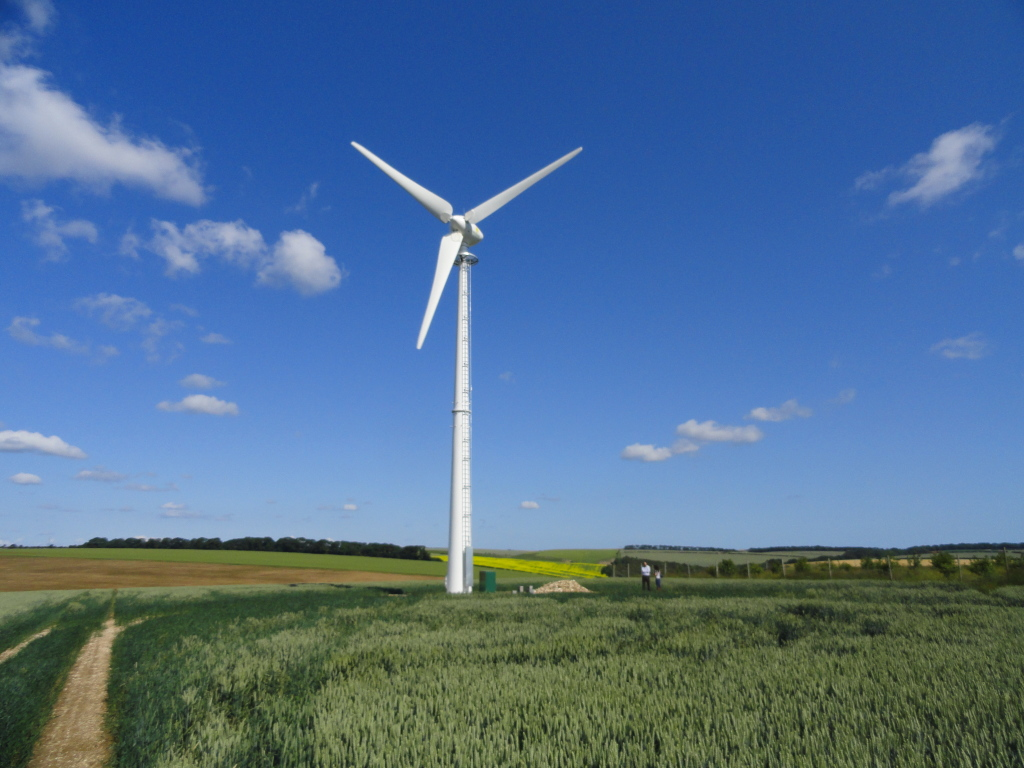 Endurance E-3120 50kW Wind Turbine Humanby Grange